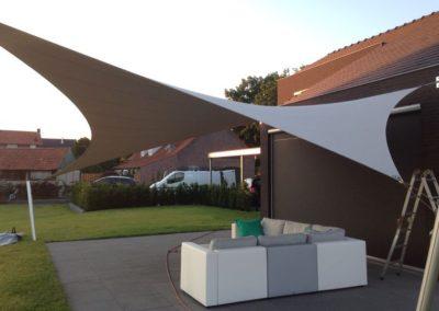 Design terrasoverkapping van zeildoek op maat