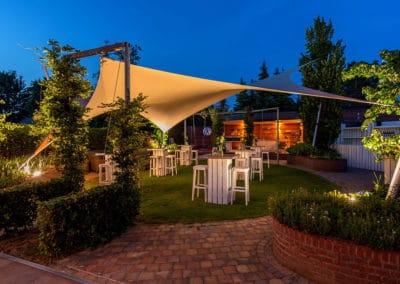 Texstyleroofs-vrijstaande-lounge-tuinoverkapping-vlijmen-op-maat-custom-tarp