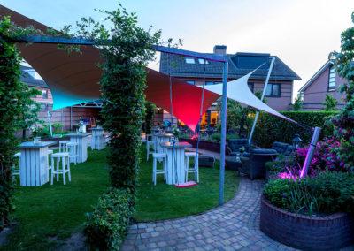 Texstyleroofs-vrijstaande-lounge-tuinoverkapping-vlijmen-tuinfeest-demontabel-zonder-vergunning