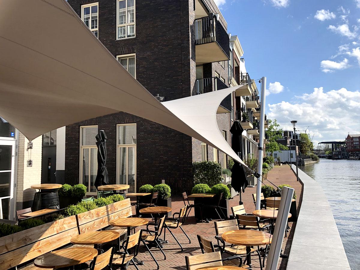 spanzeil-horeca-overkapping-textiel-vergunningsvrij-restaurant-op-maat-terrasoverkapping