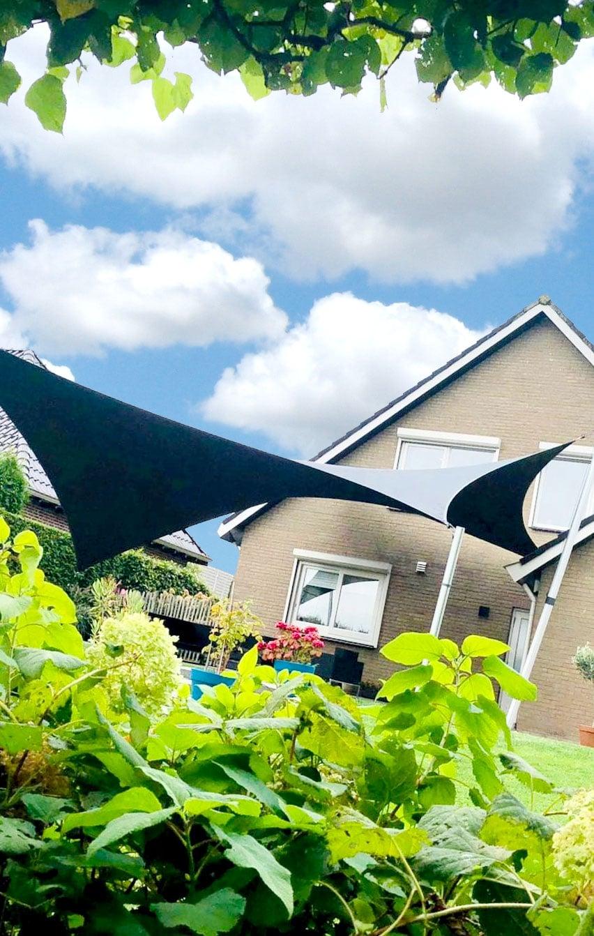 zeiloverkapping-design-overkapping-op-maat-ontworpen-terrasoverkapping-schaduwdoek-zonnezeil