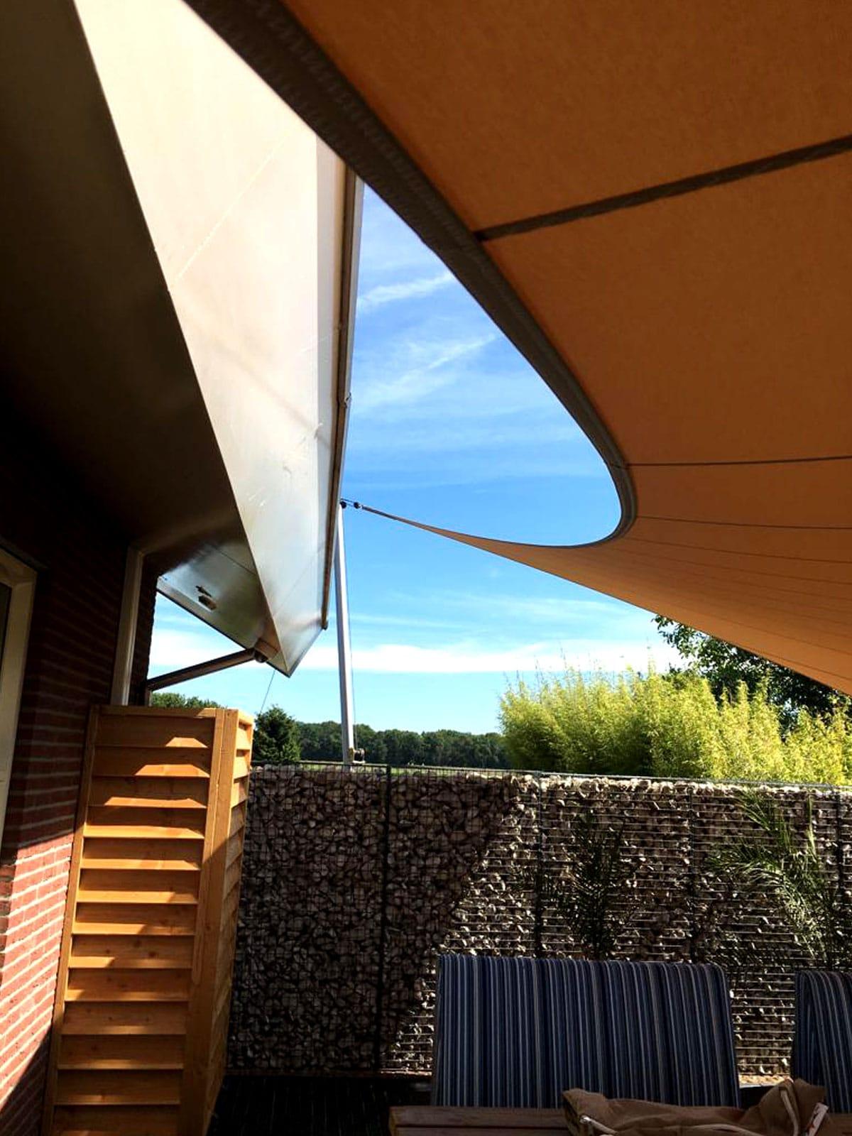 design-zonwering-design-Texstyleroofs-zonwering-zonnezeil-op-maat-schaduwdoek-zeildoek-carport-terrasoverkapping-stormvast