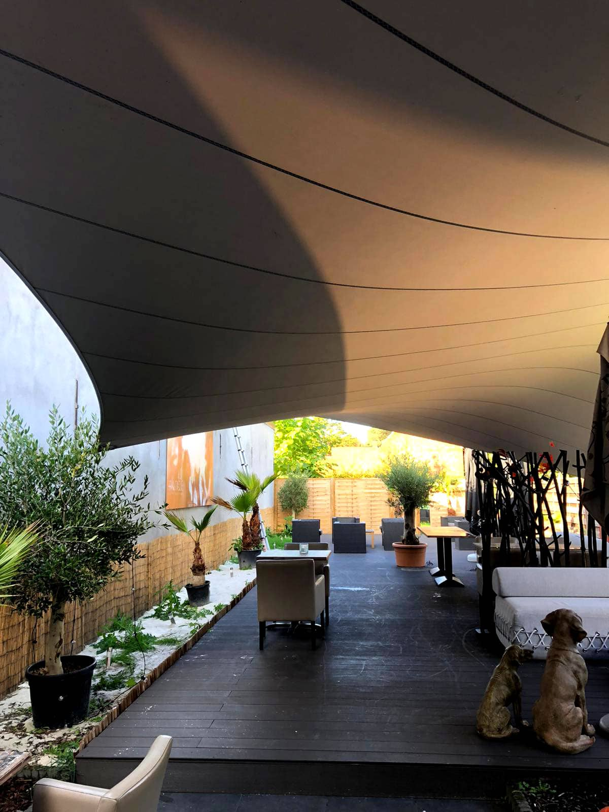 design-zonwering-design-Texstyleroofs-zonwering-zonnezeil-op-maat-schaduwdoek-zeildoek-carport-terrasoverkapping
