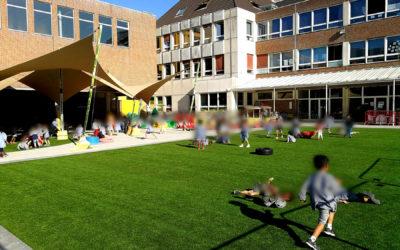 Veilig en beschermd buiten spelen in de tuin of op het schoolplein
